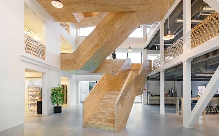 空间设计:十大创意楼梯楼梯也可以如此有趣