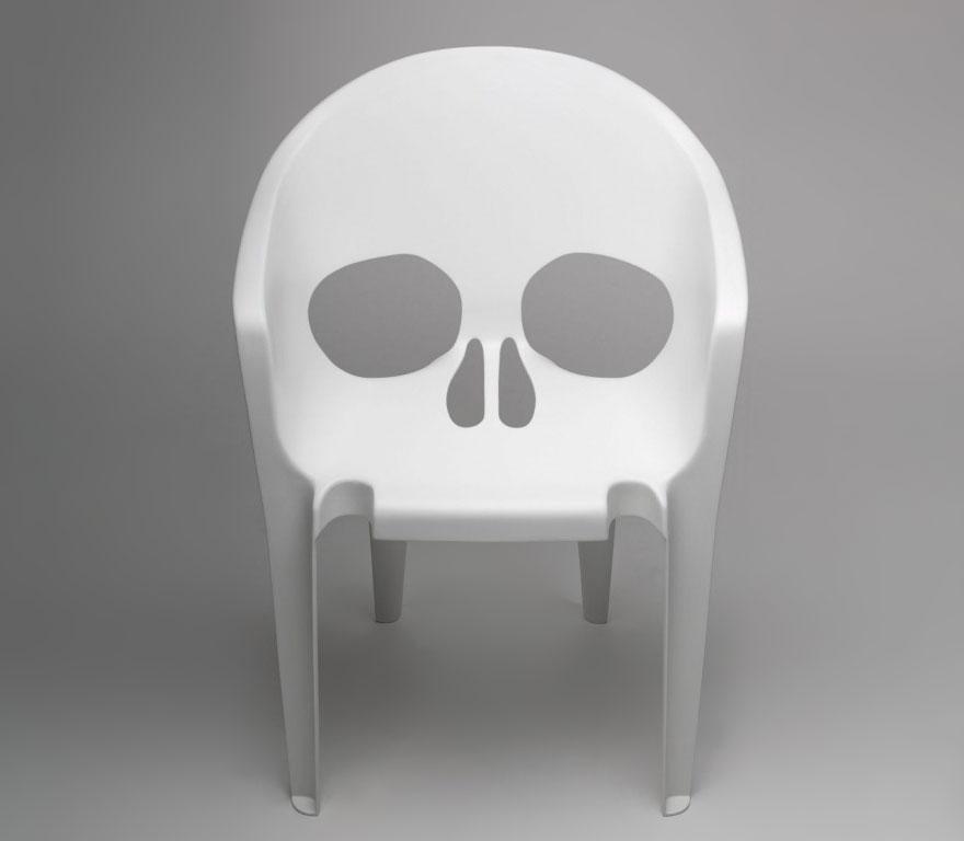 表的动物皮椅系列,这一次,一大波兼具美感与实用价值的椅子们又在靠近